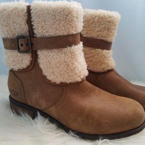 NWOB UGG Blayre II Boots